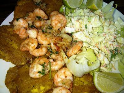 Los camarones al ajillo son gastronomía del mar