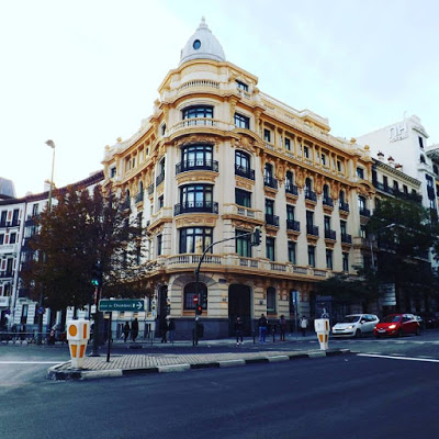 Madrid está chévere, digo ¡de puta madre!